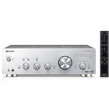 Pioneer A70 Stereo Amplifier