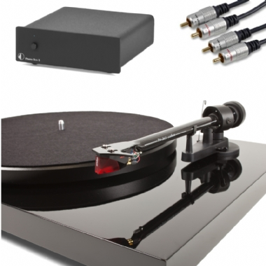 Project Debut Carbon ( DC ) Turntable inc. Lid, Cartridge, Phono S2 MM/MC PreAmp & Cables