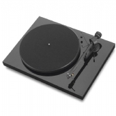 Project Debut S/E3 HiFi Turntable inc. Cartridge and Lid