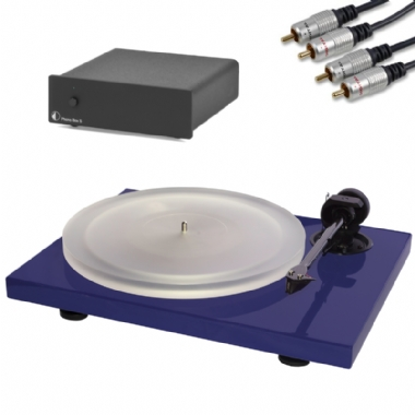 Pro-Ject Xpression Carbon Turntable inc. Ortofon Cartridge, PreAmp & Cables