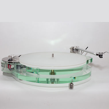 Roksan Radius 7 Turntable with Nima Tone Arm