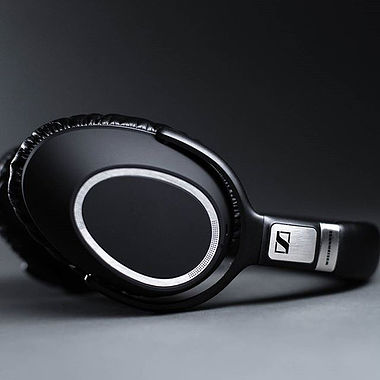 Sennheiser PXC 550 Wireless Headphones with NoiseGuard