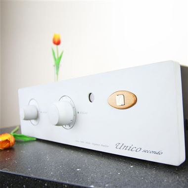 Ex Display Unison Research Unico Secondo Phono, Valve Hybrid Integrated Amplifier