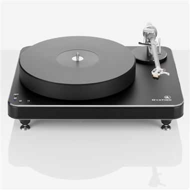 Clearaudio Ovation Turntable with Unify Arm and Essence Cartridge