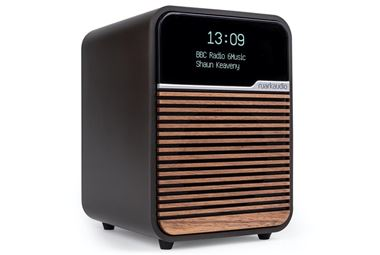 Ruark Audio R1 Mk3 DAB / FM / Bluetooth Radio Portable Package Offer