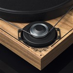 Pro-Ject 2 Xperience SB Limited Edition Turntable with Roksan K3 Amp and Dali Oberon 5 Speakers
