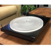 Project 1 Xpression Carbon X Turntable  Black